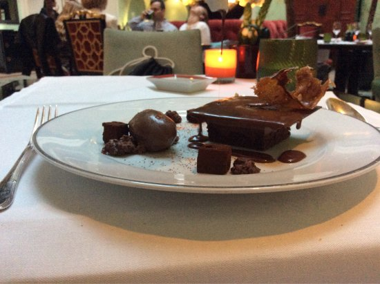 Shangri-La Hotel Paris: photo4.jpg