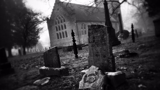 Smithfield, VA: A foggy morning in the ancient cemetery.