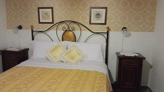 Ristorante Agriturismo Salinola: camera da letto