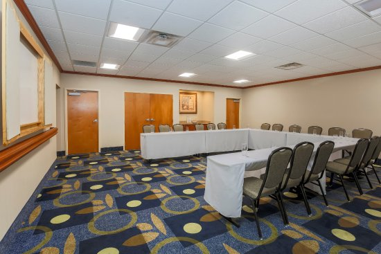 West Haven, CT: Meeting Space