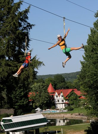 Harbor Springs, MI: Ziplining