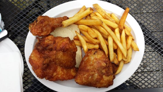 Waynesville, OH: Broasted Chicken and Fries