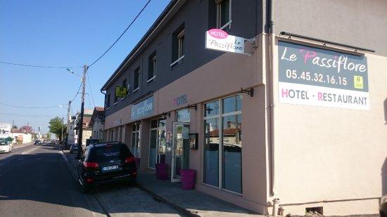 Le Passiflore Hotel-Restaurant