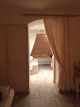 Cabrieres, Frankrike: L'Enclos des Lauriers Roses