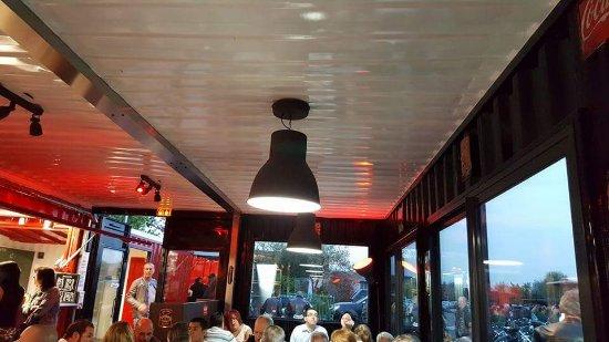 Brie-Comte-Robert, Frankrike: 1er soirée américaine cool