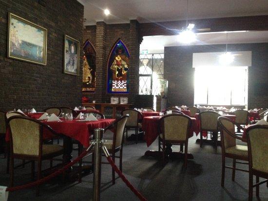 Sir Francis Drake Inn: Restaraunr