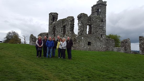 Dublin (grevskap), Irland: Hill of Slane ruins of a Franciscan Friary and school