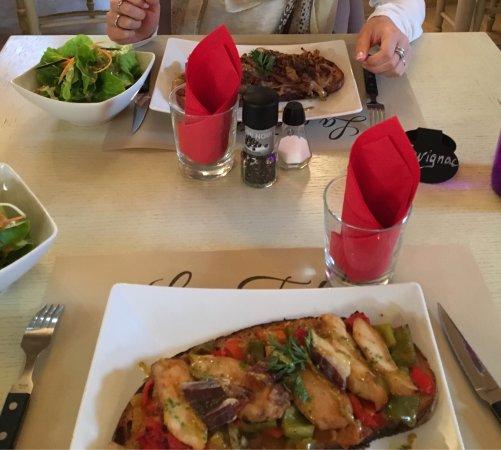 Mouries, France: La Table Boulangère