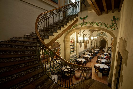 Cafe de Tacuba : salon mexicano