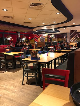 Pizza Hut Croydon Unit 8 Colonnades 619 Purley Way