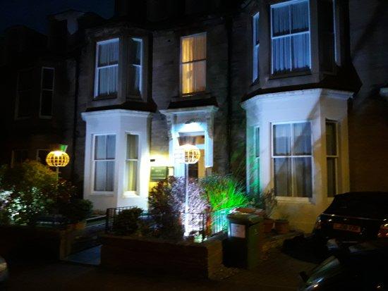 Hotel Ceilidh-Donia: 20170416_210712_large.jpg