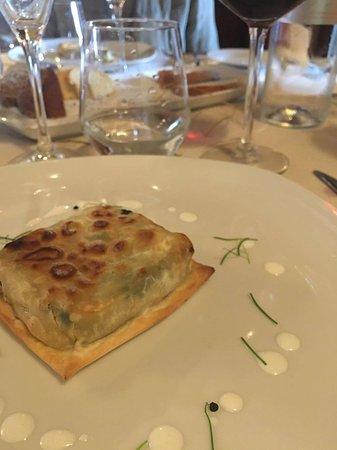 Ortignano Raggiolo, إيطاليا: torta Pasqualina nel tortello alla lastra