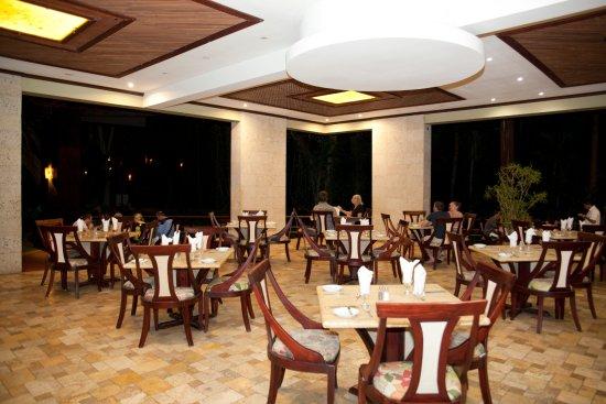 Hotel Bosque del Mar Playa Hermosa: Niromi Restaurant