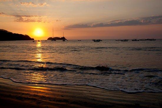 Atardecer / Playa Hermosa Sunset