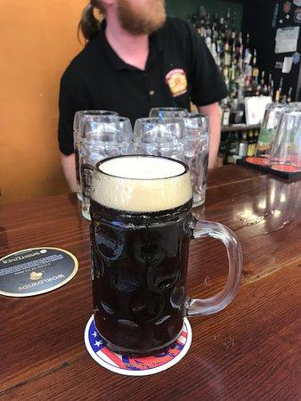 Stuttgarden Tavern: Hofbrau Delicator Dopplebock
