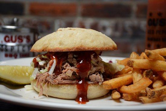 South Pasadena, CA: Pulled Pork Sandwich