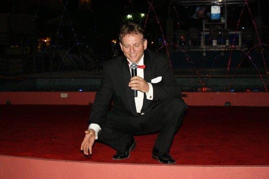 Aruba Sinatra Theater Show