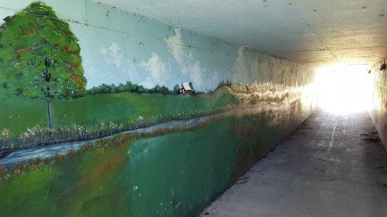 Galena, IL: Pedestrian tunnel under rt 20