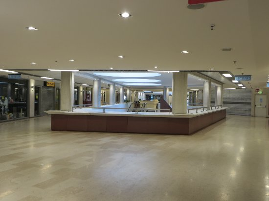Centro commerciale il Giulia