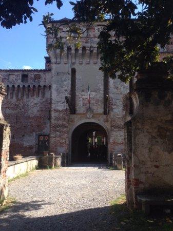 Borgo San Giacomo, Italien: Entrata del castello