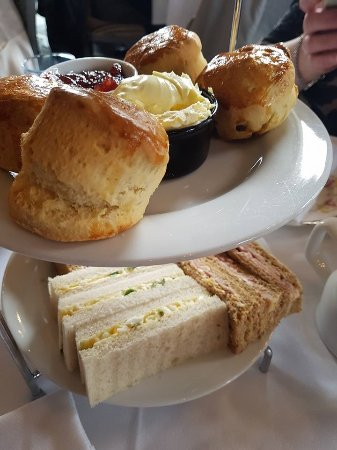 Grand Cafe: Scone and Sandwich Tier