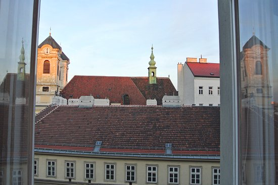 Hotel Altstadt Vienna: View from sitting area of suite, Hotel Alstadt