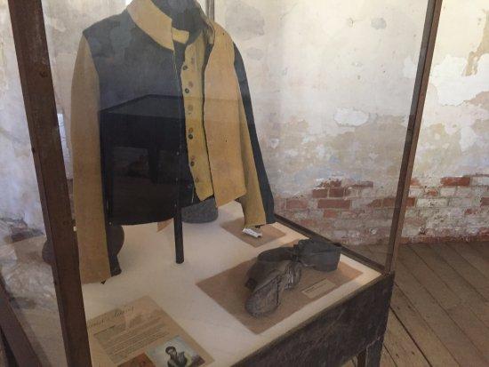 Richmond Gaol: Convict dress