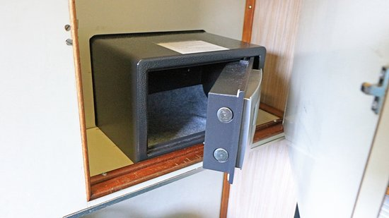 Small Safe Located At The Bottom Of The Built In Closet. Fit Up To DSLR  Camera, No Laptops   Picture Of Great Southern Railways, Adelaide    TripAdvisor