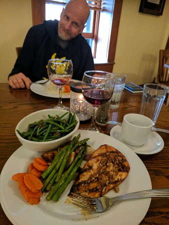 Boonville, Missouri: Hotel Frederick Delicious place to eat gluten free