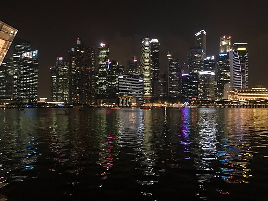Cypress, CA: Singapore skyline