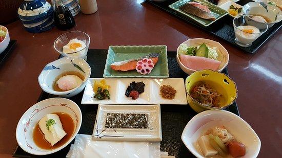 Kyoto Ryokan Shoei: Traditional Breakfast