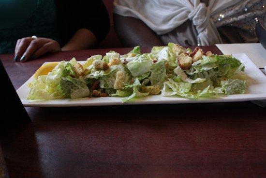Ajax, Canadá: Caesar Salad