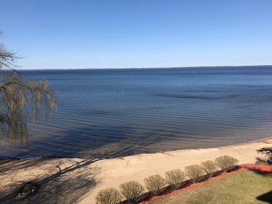 Beachfront Hotel Houghton Lake Michigan: photo1.jpg
