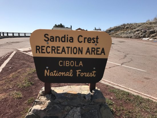 Sandia Park, Nuevo México: Land Hooo - You've made your way to the Crest.