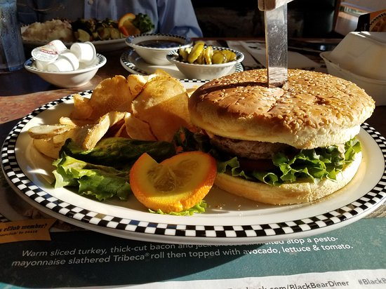 Chino, CA: Bob's Big Bear Burger.. Huge!