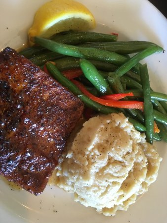 Rockledge, FL: Good food in a nice space.