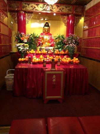 new york buddhist singles Tibet house us presenting & preserving tibetan culture since 1987 in new york city & at menla retreat & dewa spa in phoenicia, new york.