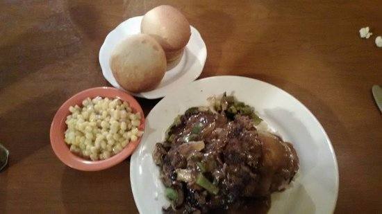 Pilot Knob, MO: Hamburger Steak with grilled vegetables and homemade mashed potatoes.