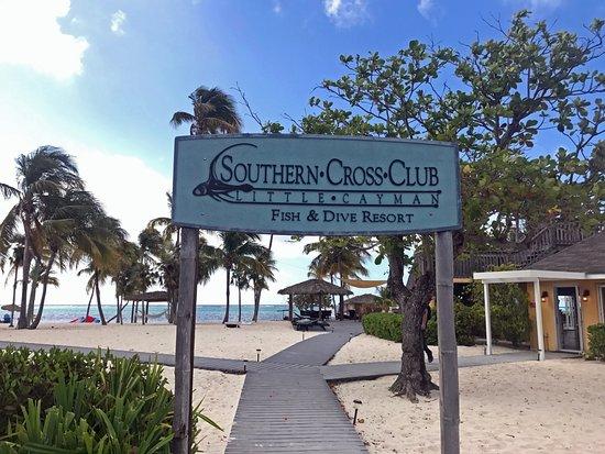 Southern Cross Club: Southern Cross entrance