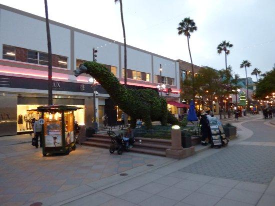 Third Street Promenade: paseo