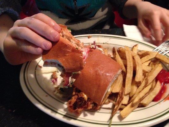 Firehouse Grill : Poor Boy sandwich: fried oyster, avocado, cilantro coleslaw, bacon & tomato. AKA a piece of clou