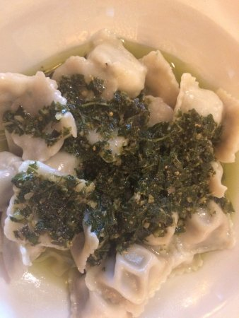 Chez Andreas : Beef filled ravioli with pesto