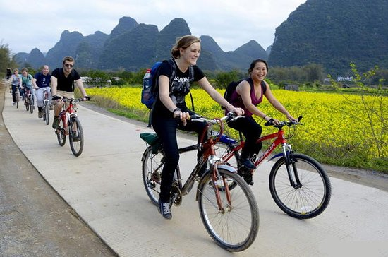 One-Day Li River Cruise with Biking...