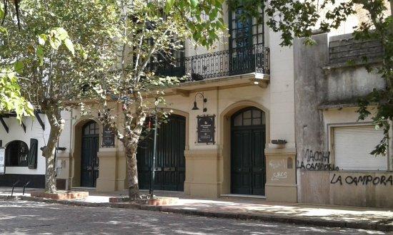 Teatro Manuel Brazzola