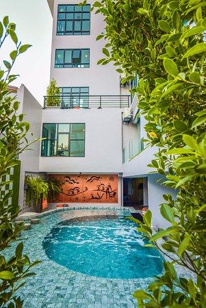 Oneloft Hotel Karon Beach