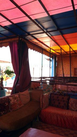 Rainbow Marrakech Hostel: IMG-20170414-WA0006_large.jpg