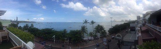 Baywalk Residence Pattaya: Panoramic view from dinning area