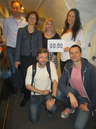 Exit Games Stockholm: Vi räddade Farmor med 2 minuters marginal :)