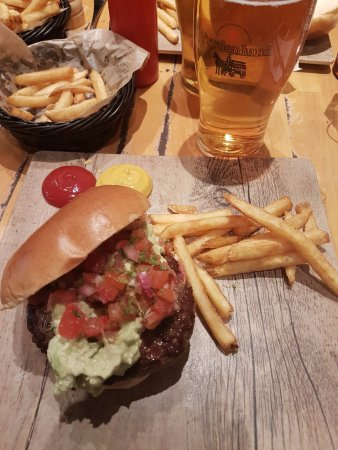 Lillestrom, Norway: Burger and fries