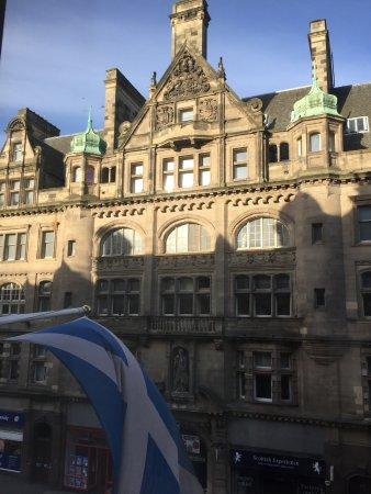 Edinburgh Carlton Junior Suite Picture Of Hilton